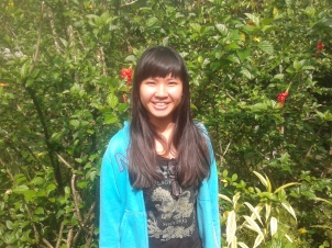 Stefanie, from Malaysia, learnt how to make roselle jam during her stay. Volunteered June 2014.